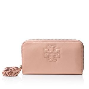 TORY BURCH~thea continental~ZIP AROUND WALLET~Pink